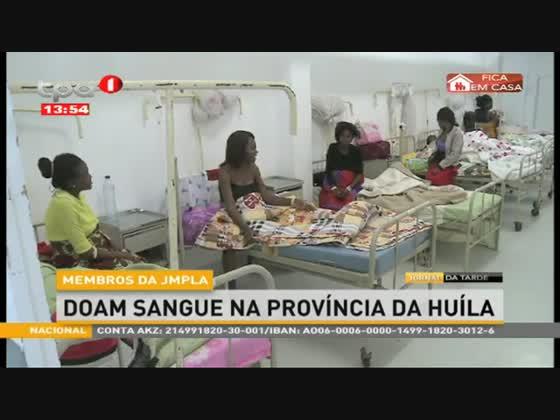 Membros da JMPLA doam sangue na província da Huíla